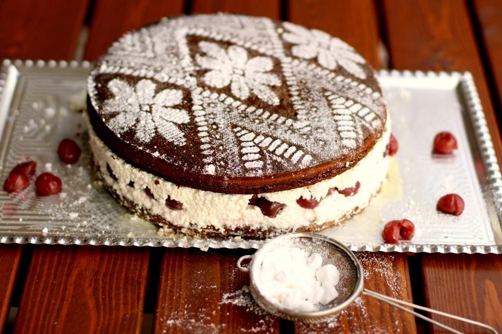 Makovo – višňová torta