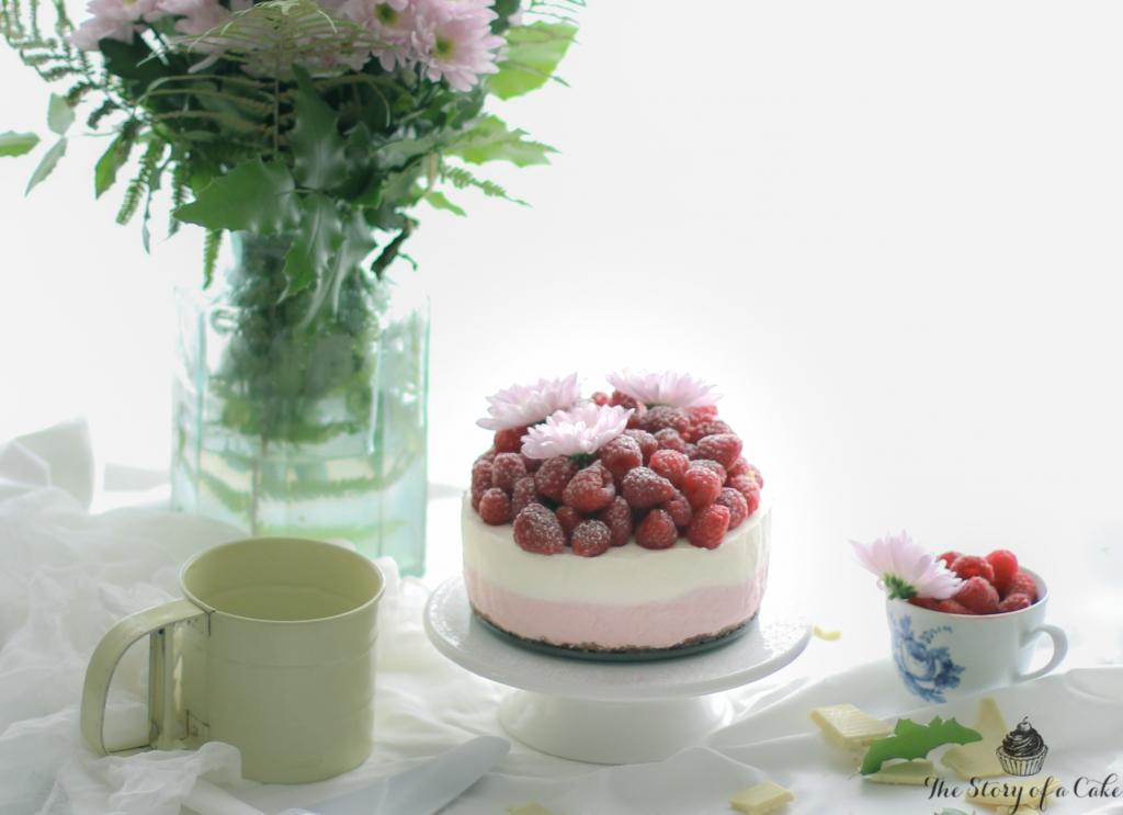 Malinový cheesecake s bielou čokoládou