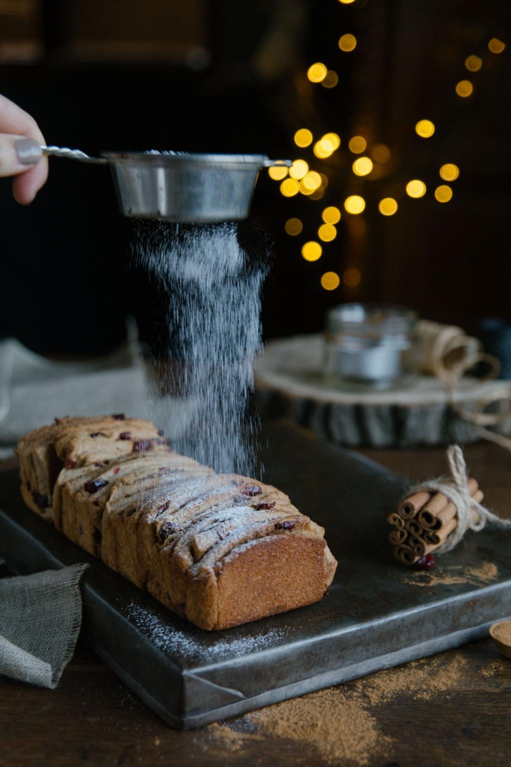 Perníkový trhací chlebík a návod ako prežiť zimu