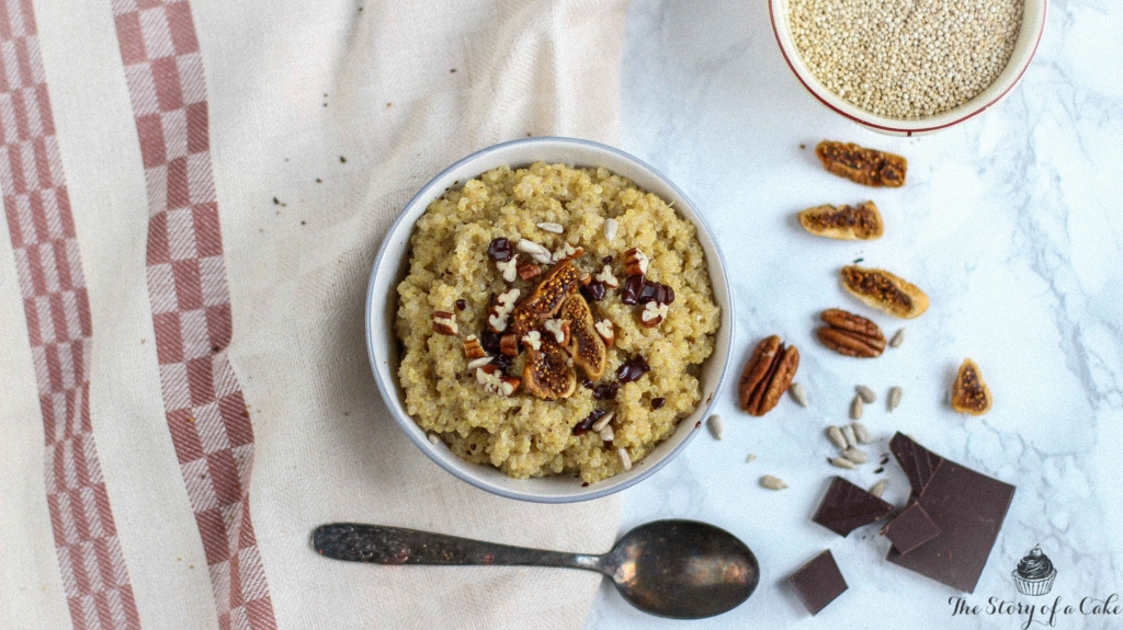 Quinoa sladká kaša s orieškami a škoricou