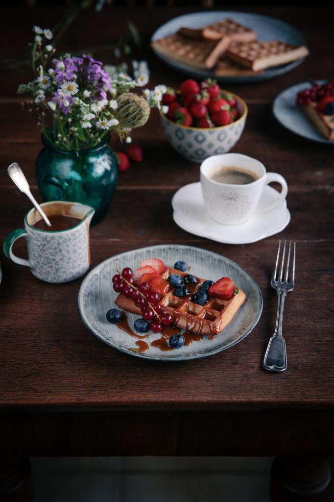 Raňajkové waffle s ovocím