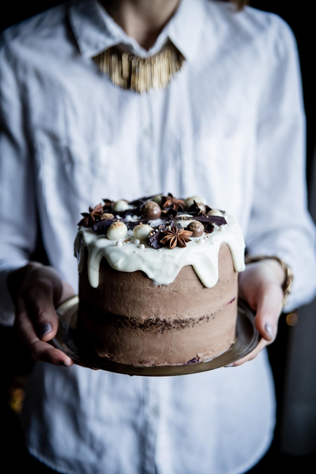 Kávová sviatočná torta