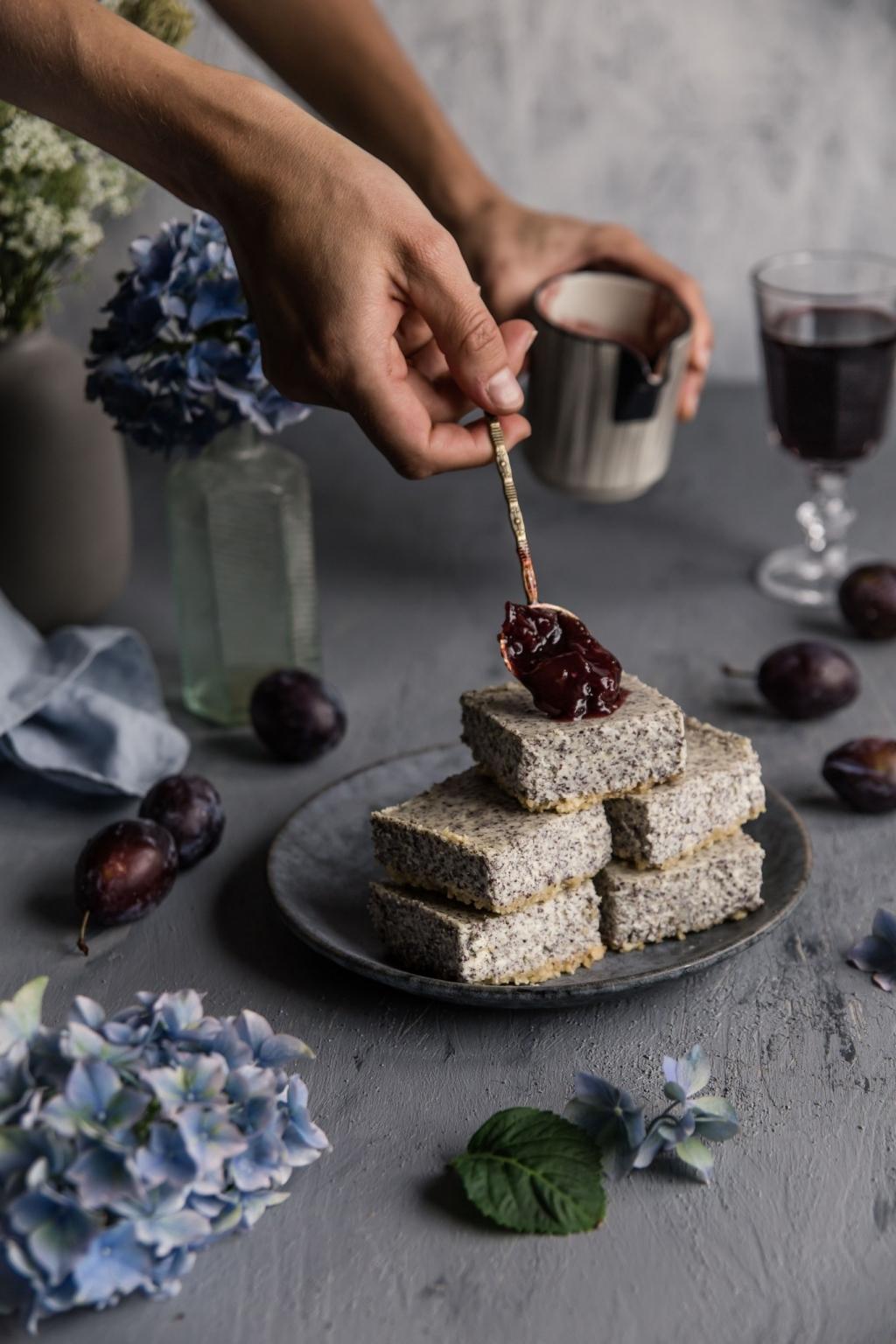 Cheesecake kocky s vínovými slivkami