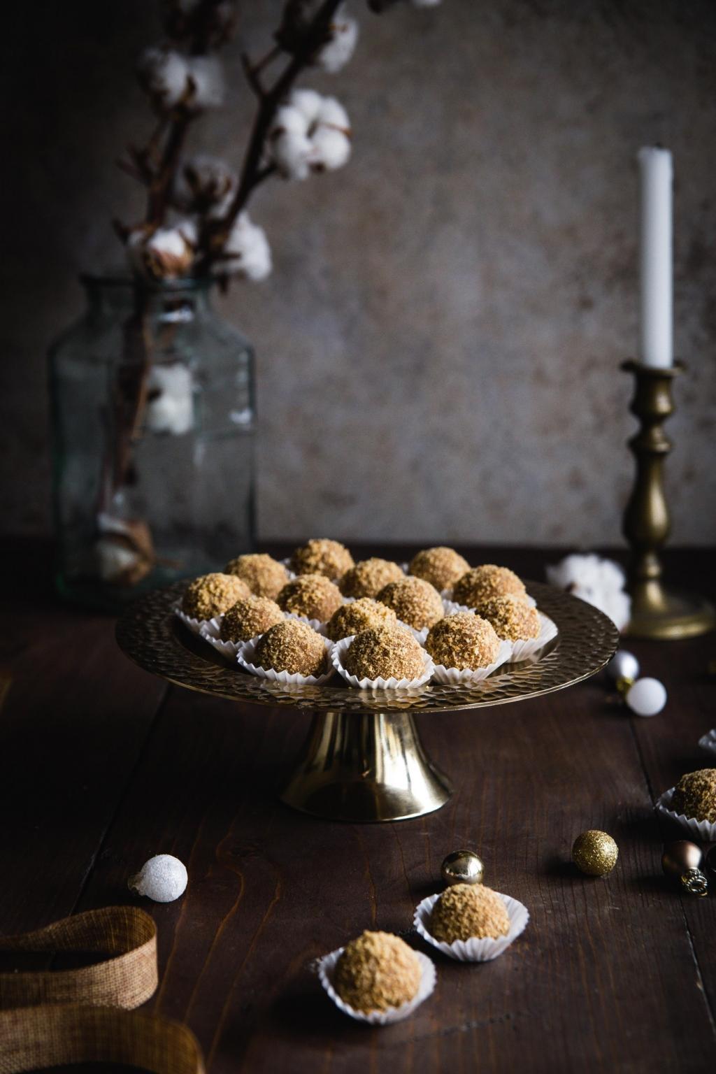 Vianočné medové guličky